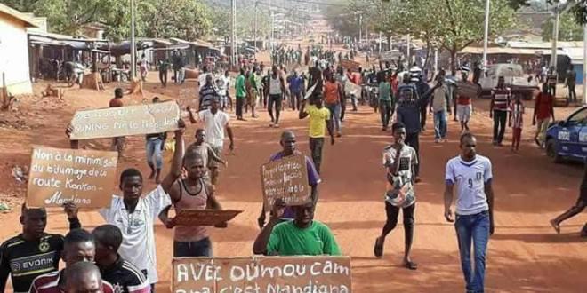 Mandiana: les jeunes en colère contre les fausses promesses de Alpha Condé