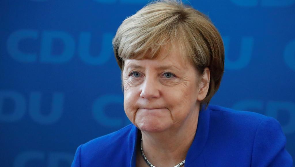 Angela Merkel mise en cause dans un scandale sur les migrants en Allemagne