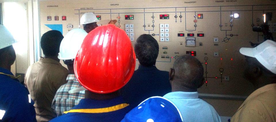 Taliby Sylla visite plusieurs sites hydroélectriques du pays