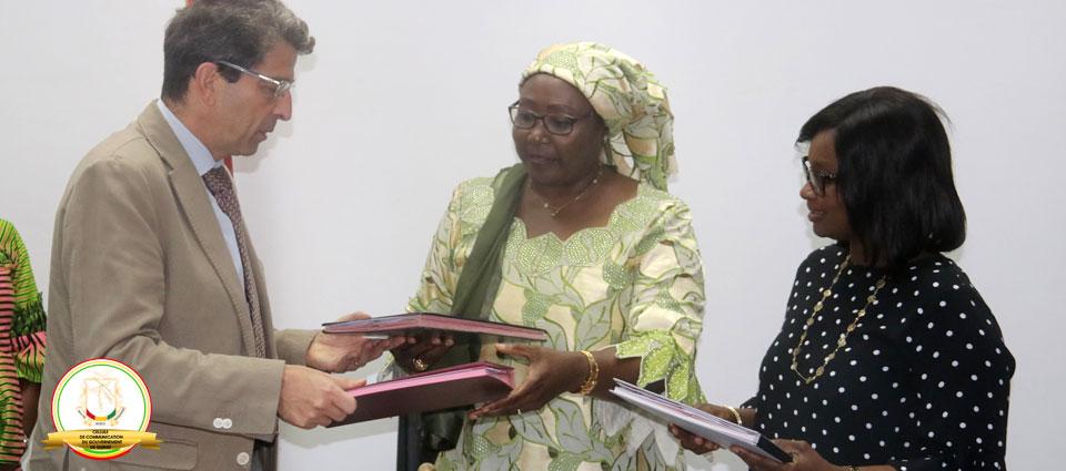 La Guinée signe un protocole d'accords avec l'UNICEF et l'OIM pour mettre fin à la mobilité des enfants mineurs