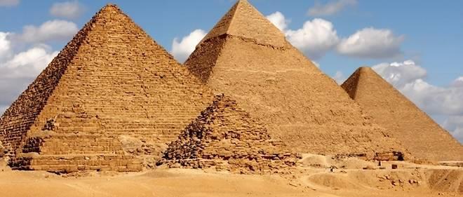 Un mystérieux sarcophage noir, vieux de 2000 ans, découvert à Alexandrie, en Egypte