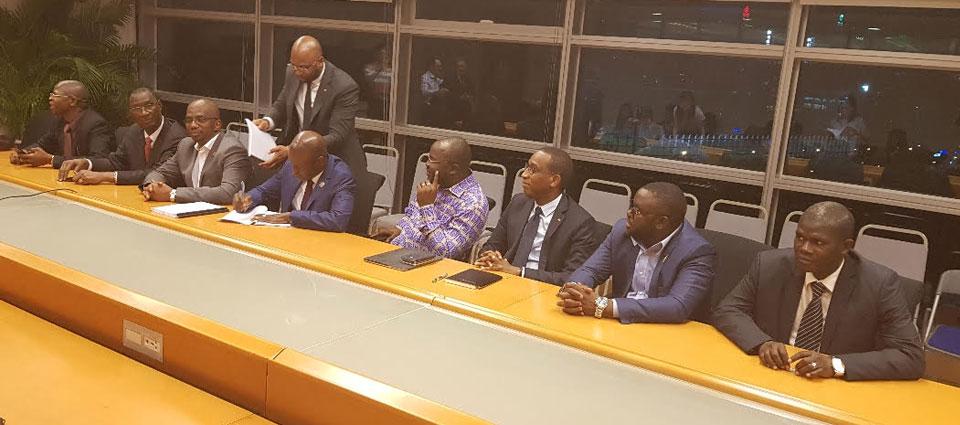 Communiqué de presse: signature des premiers accords de financement entre Conakry et Pékin