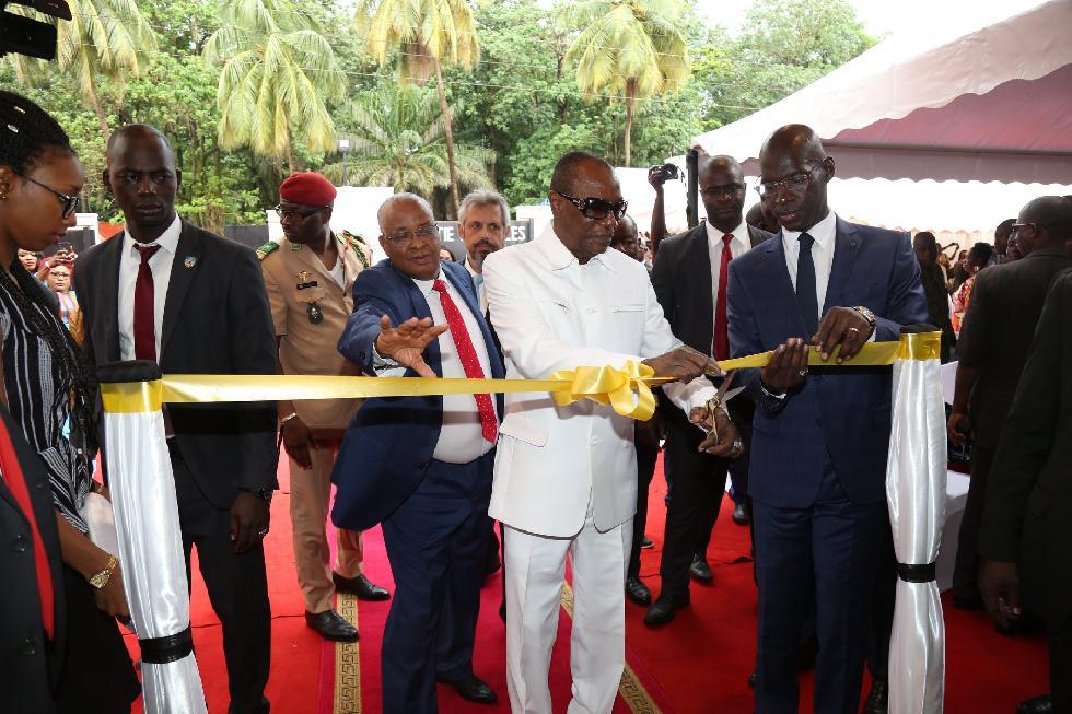 Conakry: le Président Alpha Condé inaugure les hôtels Onomo et Kaloum