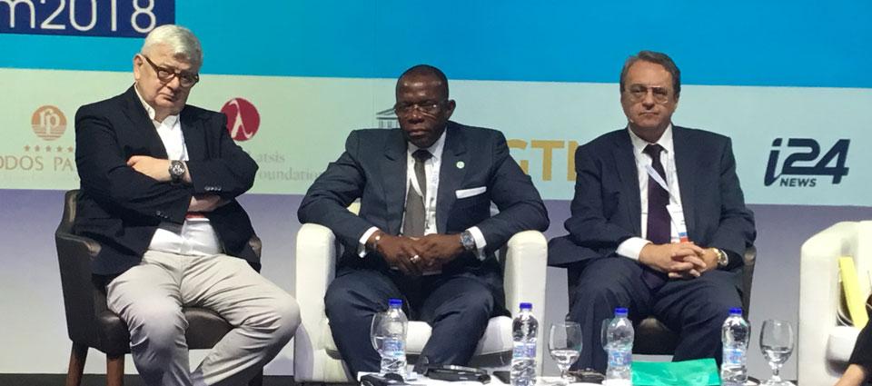 Ibrahima kassory Fofana présent à l'ouverture du forum de Rhodes