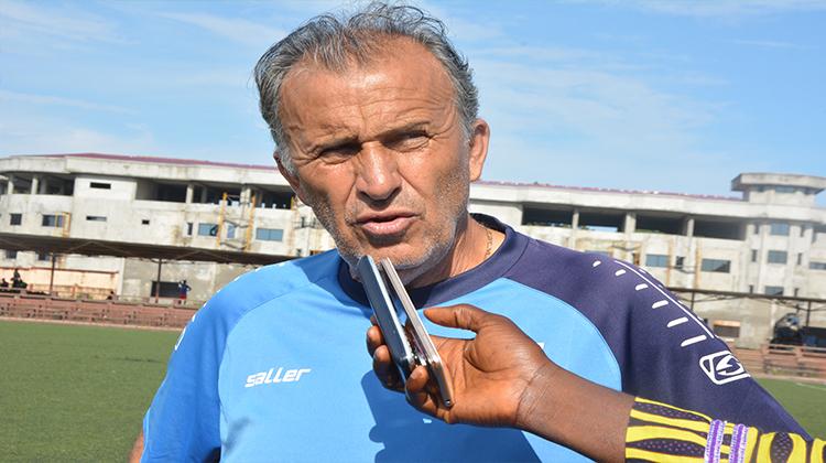 Le Horoya AC se sépare de son entraîneur, Victor Zvunka