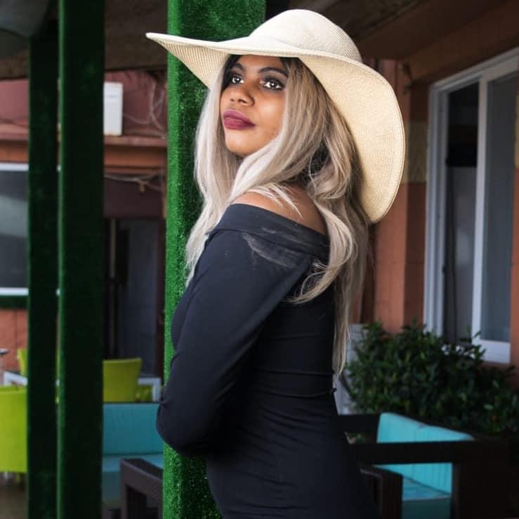 Plein feu sur le top model Fatimatou Barry ( Photos )