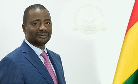 Coronavirus: les consignes du ministre Tibou Kamara aux industries pour freiner la pandémie en Guinée
