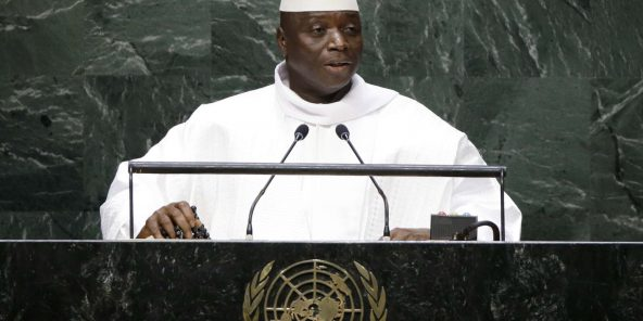 Gambie : Yahya Jammeh limoge 12 ambassadeurs ayant réclamé son départ